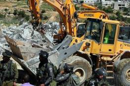 جيش الأحتلال الإسرائيلي يهدم منزلين لفلسطينيين في الخليل