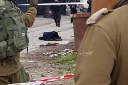 اصابة فتاة بجروح خطيرة برصاص الاحتلال في الخليل