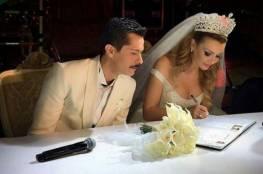 زوجة الفنّان الشهير تلد بعد 3 أشهر من زواجهما!