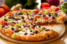 شاهد بالصور حرب أسعار وعروض مطاعم البيتزا المشتعله في تويتر