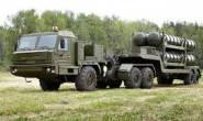 """ماذا تعرف عن عربة """"إس-400"""" الروسية التي تحمل أكثر الصواريخ تطورا؟"""