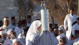 """السامريون... أصغر وأقدم طائفة في العالم ويعتبرهم اليهود """"كفرة"""""""