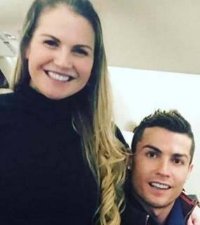 """شقيقة رونالدو تهاجم """"كورونا"""": أكذوبة وعملية احتيال ضخمة"""