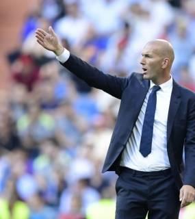 زيدان يعترف بمسؤوليته عن تعادلات ريال مدريد الأخيرة