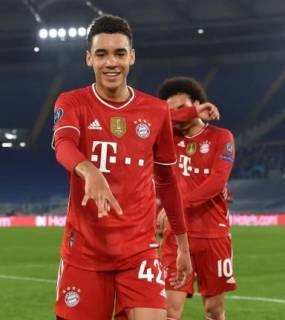 موسيالا يحسم اختياره بين منتخبي ألمانيا وإنجلترا