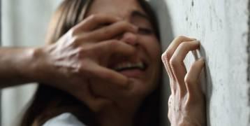 مصر : عجوز يغتصب طالبة ووالدها يجبرها على الزواج منه هرباً من الفضيحة
