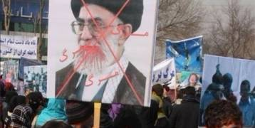 إيران على مفترق طرق