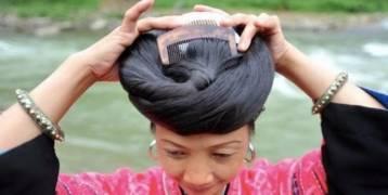 شعرهن لا يشيب ولا يقل طوله عن مترين.. ما هو سر نساء قرية هوانغلو الصينية؟