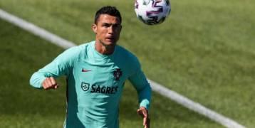 رونالدو يتشبث بواحدة من فرصه الأخيرة مع المنتخب البرتغالي