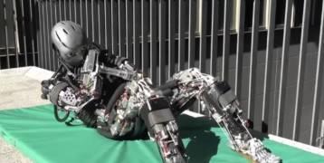 روبوت يشبه الإنسان.. يقوم بتدريبات بشرية ويفرز العرق!