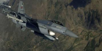 """الطيران التركي يدمر مستودعات ذخيرة لـ""""بي كا كا""""  شمالي العراق"""