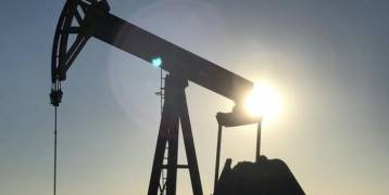 النفط يهبط بفعل مخاوف من تأثير الإعصار إرما على شحنات النفط وزيادة إنتاج ليبيا