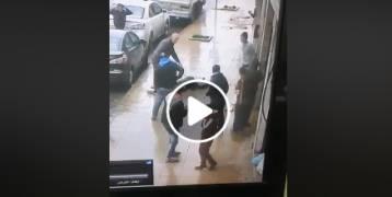 حظ عاثر لمواطن سقط حجر على رأسه بعمان ..والقدر يتدخل !