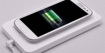 باحثون يطورن جهازاً من الورق لشحن الأجهزة الإلكترونية!