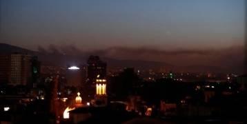 """إيران  تدين بـ""""حزم"""" الضربات على سوريا"""