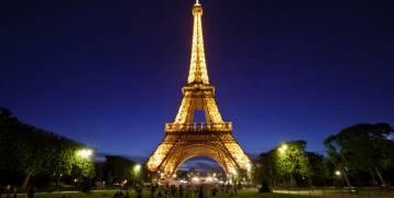 بلدية باريس:رفع قيمة الميزانية المخصصة لبرج إيفل إلى 300 مليون يورو،