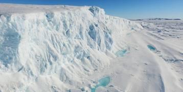 كمصدر للمياه العذبة ..الإمارات ستجلب كتلا جليدية من القطب الجنوبي