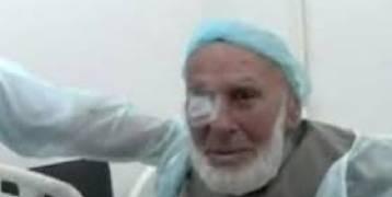 مُعمِّر روسي يتمكن من قراءة القرآن مجددا بعد أن استعاد بصره