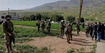 الاحتلال يهدم محال تجارية شرق نابلس