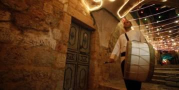 فلسطين : شرطة الاحتلال في القدس تلاحق المُسحرين في شهر رمضان