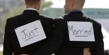رجلان يتزوجان مع أنهما ليسا مثليين