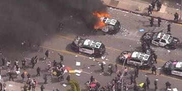 """أمــريـكــا  : مدن أميركية """"تشتعل"""" ومواجهات دموية مع الشرطة"""