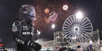 هاميلتون يفوز بسباق فورمولا 1 البحريني