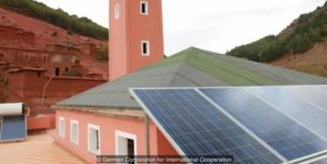 قصة مسجد يضيء قرية نائية في المغرب
