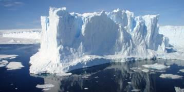 مشروع لإزاحة جبل جليدي من القطب الجنوبي إلى الإمارات