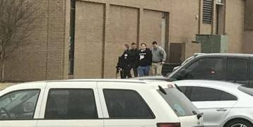 قتيلان و17 جريحاً جراء عملية إطلاق نار نفذها طالب داخل مدرسة أمريكية