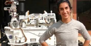 """""""فرح"""" فتاة من أصول أفريقية تدخل التاريخ بعد قيادة مركبة ناسا إلى المريخ.. صو"""