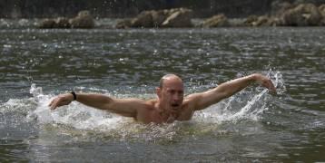 صور: كيف يقضى الرئيس الروسي أجازته