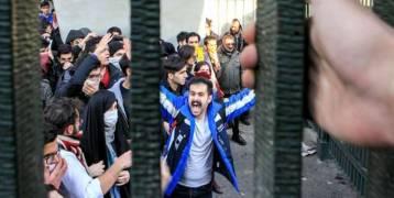 الحصيلة 12 قتيلاً.....الإيرانيون يتجاهلون دعوة روحاني للهدوء