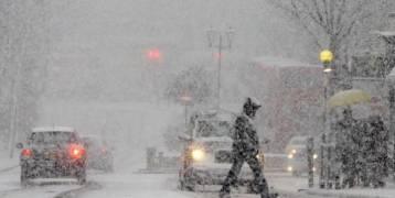 بريطانيا تعلن أعلى مستوى تحذير بسبب تساقط كثيف للثلوج