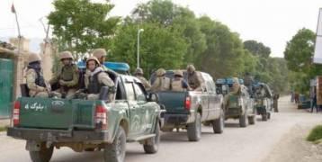 أفغانستان :مقتل ١٤٠ جنديا أفغانيا بأكبر هجوم لطالبان على قاعدة للجيش