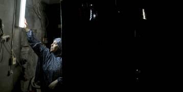 """تفاهمات فلسطينيّة - إسرائيليّة حول الكهرباء وخدمة الجيل الثالث وتشغيل """"الوطنيّة موبايل"""" في غزّة"""