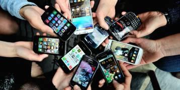 """هواتف ذكية قد تقضي على مستقبل """"آيفون 8""""!"""