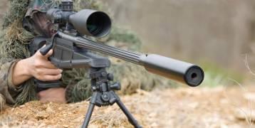 الصدفة  تلعب دورها .... قناص بريطاني يصطاد ثلاثة دواعش برصاصة واحدة على بعد كيلومترين بالعراق