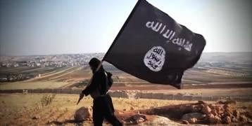 """بالصور: نجم يخرج عن صمته ويتحدث عن قصة انضمامه لـ""""داعش"""""""