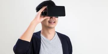 الواقع الافتراضي لتخفيف ألام العلاج