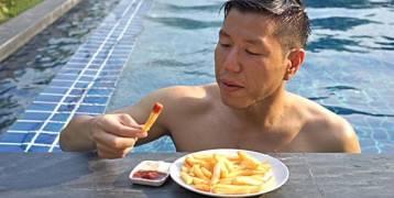 لماذا نشعر بالجوع الشديد بعد السباحة ؟