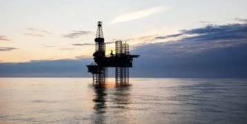 تذبذب أسعار النفط مع زيادة إصابات كورونا في مناطق حول العالم