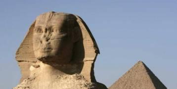 """مؤرخان: ثقب في رأس """"أبو الهول"""" يقود إلى سر هائل"""