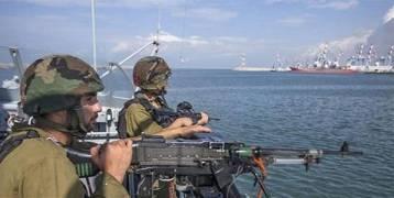 بحرية الإحتلال تهاجم مراكب الصيادين في بحر غزة