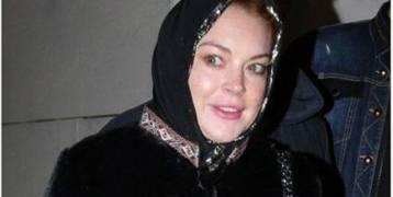 هل بالفعل اعتنقت هذه الممثلة الأميركية المشهورة الإسلام ؟!
