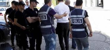 تركيا تعزل أربعة آلاف قاض وممثل ادعاء بسبب الانقلاب الفاشل
