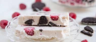 فيديو: طريقة إعداد كعكة التوت بالاوريو