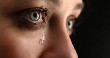 اياك حبس دموعك إذا شعرت بأنك بحاجة للبكاء