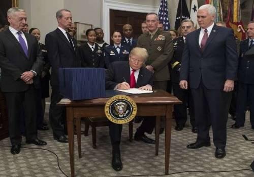 ترامب يوقع أكبر ميزانية عسكرية للولايات المتحدة