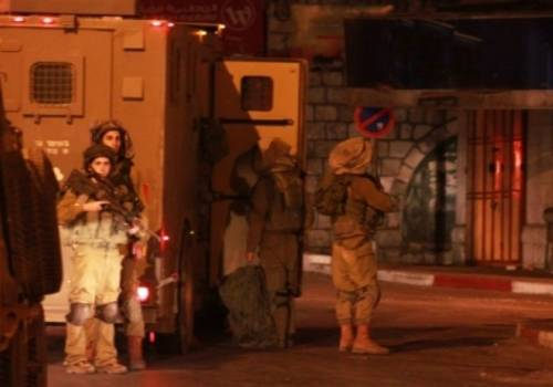فلسطين : مواجهات متفرقة في أحياء بمدينة القدس